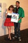セクシー衣装でイベントを盛り上げた優木まおみ(左)とザッカリー・リーバイ