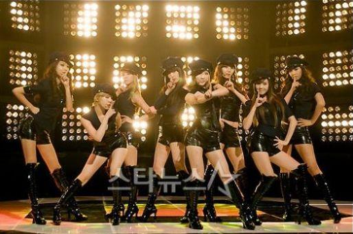 少女時代、最新シングル&DVDがオリコンチャート1位