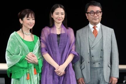 (左から)斉藤由貴、長澤まさみ、三谷幸喜氏