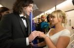 結婚式の最新スタイル!?NYの地下鉄で永遠の愛を誓ったカップル 画像1