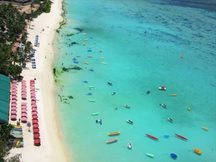 まるで人魚姫やニモの世界!ハワイの潜水艦体験が感動的すぎる 画像1