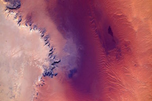 【知られざる地球の絶景】NASA宇宙飛行士の撮った写真が美しすぎる 画像1