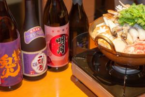 話題の紫芋焼酎を旬な食材と相性チェック! 飲み比べたら、呑まれた的な研究 画像1