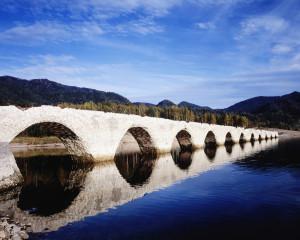タウシュベツ川橋梁 (Taushubetsu river bridge) 旧国鉄路線 【絶景NIPPON】 画像1
