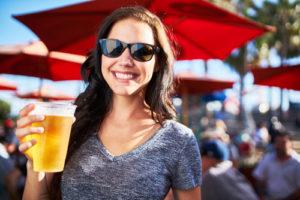 1杯50円弱の都市も!世界で最もビールが安い観光地トップ10 画像1