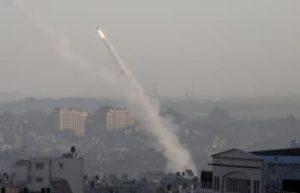 イスラエル軍との交戦継続 ガザの過激派、10人死亡 画像1
